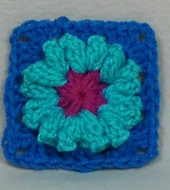 Crochet_popcorn_flower_granny_square_-_raverly_small_best_fit