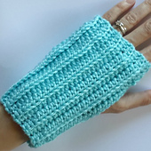 Crochet_finger_less_gloves_small_best_fit