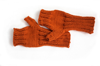 Orangeworsted_small2