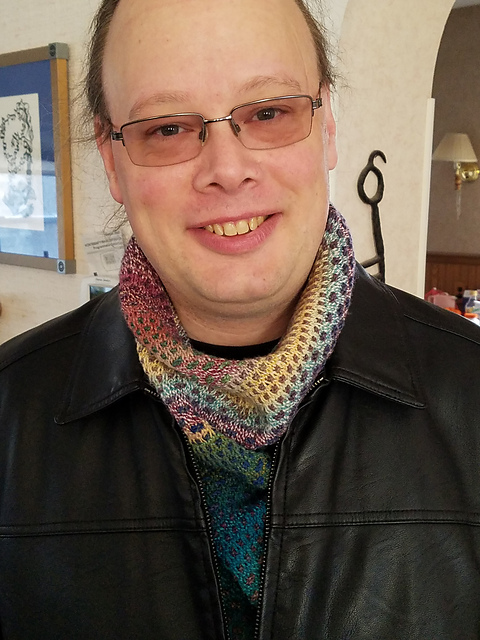 Jerry wearing the color-shifting cowl