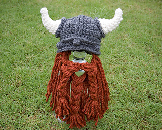 Ravelry  Viking Hat with Beard pattern by Kat Kennedy d115f691004