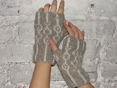 Gloves4_small