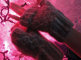 Gloves3_small2