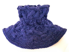 Wonky_cabled_cowl_in_blue_small