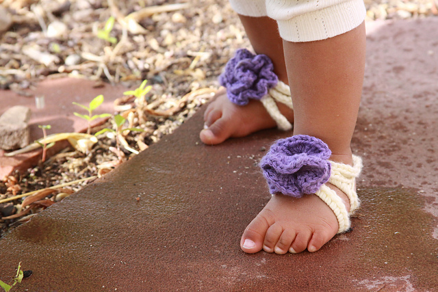 Ravelry: Baby Barefoot Strappy Sandals pattern by Briana Olsen