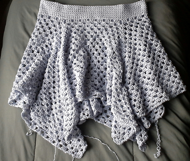 Ravelry: Not your granny\'s Skirt pattern by Brandi Isham