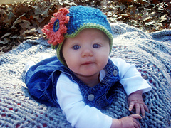 High_strung_designs_metro_baby_hat_photo_2_small