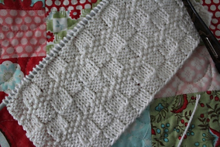 Ravelry_tiago_washcloth_wip_small2