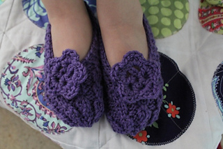 Tay_slippers_5_small2