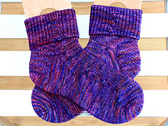 Reston_station_socks_01_400_small
