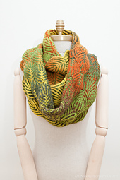 Uds_scarfwidth1mannequin-5537_small_best_fit