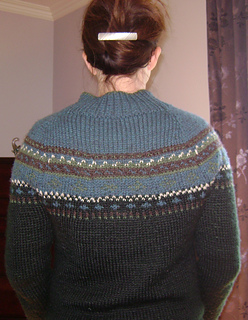 Top_down_fair_isle_back_small2