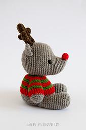Amigurumi-reindeer-winter-wonderland_small_best_fit