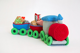 Crochet-amigurumi-train-christmas-airali-02_small_best_fit