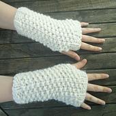 Seed_stitch_wrist_warmers_small_best_fit