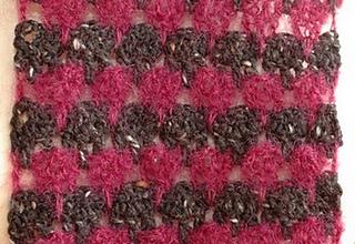 Larksfoot_crochet_scarf_1_small2