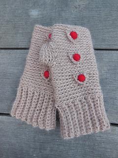 Medici_crochet_mittens_1_o_small2