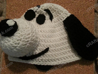 Amigurumi Patterns Snoopy : Ravelry: charlie brown's snoopy the dog hat pattern by niki wyre