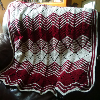 Ravelry: Optic Waves Throw pattern by Mary Maxim
