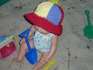 Cis_beachball_hat_small2