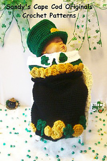 353_leprechan_in_pot_of_gold_7_small2