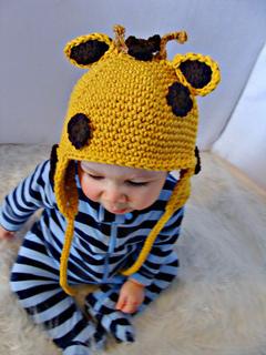 Giraffe_helmet_hat_4_small2