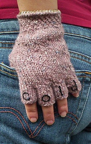 Ravelry: Knucks pattern by Pamela Grossman