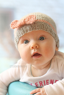 Knit_baby_bow_hat_08_littleredwindow_small2