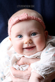 Knit_baby_bow_headband_01b_littleredwindow_small2