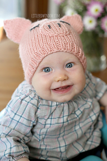 Little_pig_hat_knitting_pattern_baby_04_littleredwindow_small2