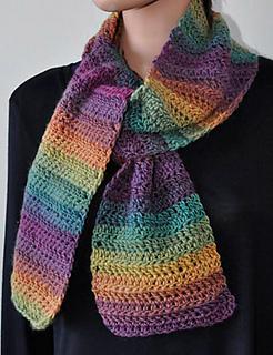 Moplus-scarf-croc-equinox_small2