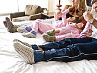 Ribby-slipper-socks_small2