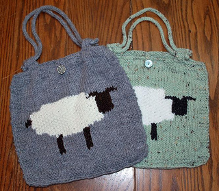 Intarsia_sheep_bag_small2