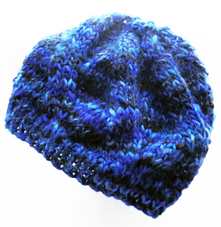 It_s-bitter-cold-knit-hat-bl-w_small2