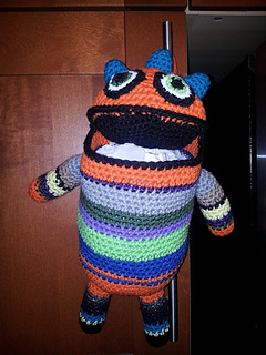 Monster_bag_holder_small2