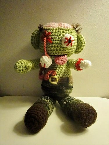 Ravelry Zombie Steve Pattern By Chiwaluv Amigurumi Critters