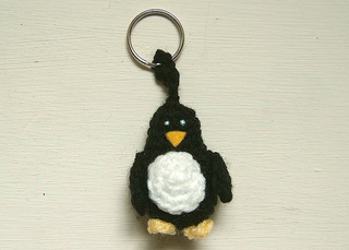 Patrick_the_penguin_keyring_small2
