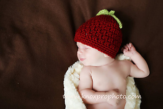 Red_apple_hat_3_small2