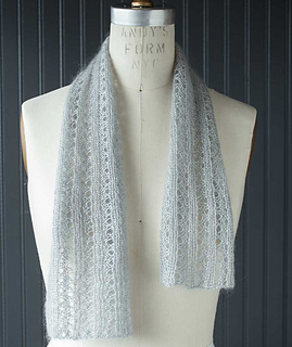Lacy-ribbed-scarf-1_gallery_small2
