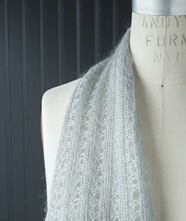 Lacy-ribbed-scarf-2_gallery_small2