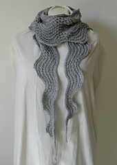 Old_shale_scarf_wrapped_small