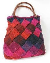 Entrelac_bag_small_best_fit