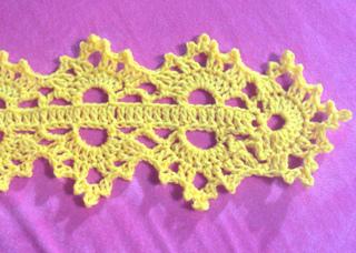 Royal-scarf-closeup_small2