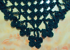 Shamrock-shawlette-edging-300x214_small