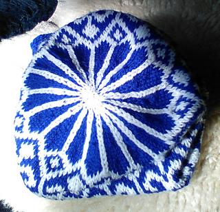 Ravelry: Fleur de Lis Hat pattern by Geanie Helfrich