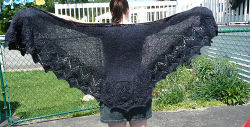 Buttercup_shawl1_medium