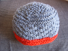 Compassioknitter_add_yarn-thosamling_hats_003_small