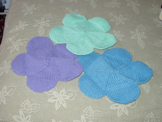 Knitted_goods_001_small2