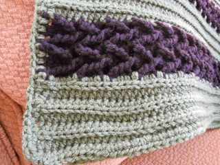 Ravelry herringbone afghan to crochet pattern by bernat design studio dt1010fo