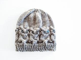 8f115616fb9 Ravelry  Owl Hat pattern by Julie Grimmett